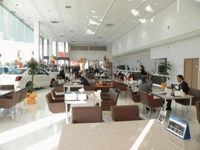 トヨタカローラ愛媛(株)R11号マイカーセンターの店舗画像